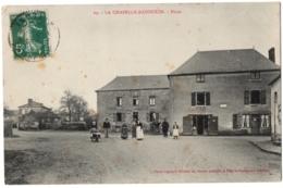 CPA 53 - LA CHAPELLE-RAINSOUIN (Mayenne) - 69. Place - Ed. Pavy-Legeard - Frankrijk