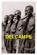 DD / ETHNIQUES & CULTURES / AFRIQUE / TCHAD / FEMMES À PLATEAUX - Africa