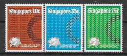Singapour  N° 211/13 YVERT NEUF ** - Singapour (1959-...)