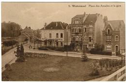 Watermael - Place Des Arcades Et La Gare - Café De La Salle D'Attente - Edit. Photo Belge Lumière - 2 Scans - Watermael-Boitsfort - Watermaal-Bosvoorde