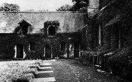 Cellettes - Conon - Manoir Fortifié Du 16e Siècle - France