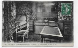 LE PAQUEBOT TRANSATLANTIQUE LA SAVOIE EN 1911 - UNE CHAMBRE DE LUXE - BEAU CACHET - CPA VOYAGEE - 76 - Paquebots
