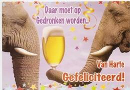 AN 960, FANTASY  FOLDING CARD  ,115 X 165 Mm ELEPHANTS , GREETINGS - Éléphants