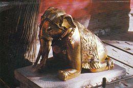 1 AK China * Vergoldeter Bronzeelefant - Gilt Bronze Elephant Inside Cheng Guang Men - In The Imperial Garden * - China