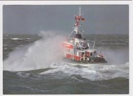GERMANY  - AK 373577 Seenotkreuzer Mit Tochterboot - Schiffe