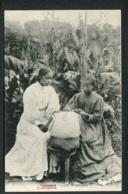 MADAGASCAR - TANANARIVE - Leçon De Dentelles - Dentellières - Madagascar