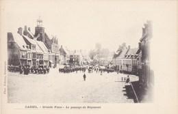 Cassel, Nord, 59, Grande Place, Le Passage Du Régiment (pk68044) - Cassel