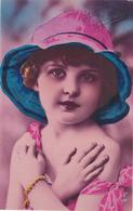 Mignonne FILLETTE   Colorisée - Ritratti