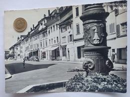 Delémont, Rue De L'Hôpital, Läden,Autos, 1959 - JU Jura