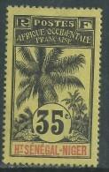 Haut-Sénégal N° 10 X  Type  Palmiers  : 35 C.  Noir Sur Jaune Trace De Charnière Sinon TB - Opper-Senegal En Niger (1904-1921)