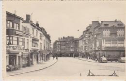 Cpa Jambes.(Namur) Vue Animée De L'Avenue Des Acacias (Avenue Jean Materne) Cafés: Au Vieux Pont Et Café Olympic - Namen