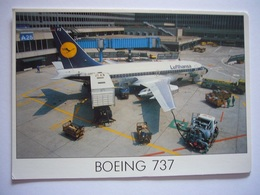Avion / Airplane /  LUFTHANSA / Boeing B 737-200 / At The Airport / Size : 11,5X16,5 Cm - 1946-....: Era Moderna