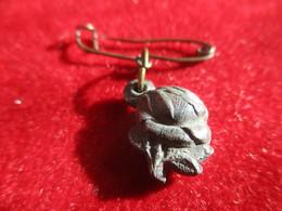 Mini- Médaille Religieuse Ancienne/Roses Articulées/Vierge à L'Enfant/Anges Jouant/à Déterminer/Etain/fin- XIXéme CAN829 - Religione & Esoterismo