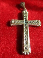 Petite Croix Pendentif Religieux Ancienne / Incrustée De Strass/ Czechoslovakia / Tchecoslovaquie/Vers 1920-30      CRX8 - Religione & Esoterismo