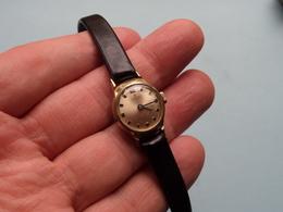 JUNGHANS 17 Jewels ( Stainless Steel Back Shock Proof ) Horloge Femme ( Zie / Voir / See >> Foto Voor Détail ) ! - Montres Anciennes