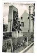 Sint-Gillis-Waas: Standbeeld Der Gesneuvelde Soldaten 1914-18 ( 2 Scans) - Sint-Gillis-Waas