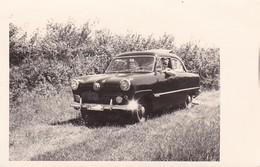 AK Foto Auto PKW 50er Jahre - Werbestempel Rosenstadt Pinneberg - 1957  (47328) - PKW