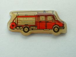 PIN'S POMPIER - C.P.I RUBROUCK - Brandweerman