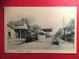 Baccarat La Gare - Locomotive à Vapeur  Sur Le Départ Chemin De Fer , Pompe à Eau Au Premier Plan Début 1900 - Baccarat