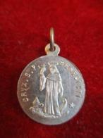 Mini- Médaille Religieuse Ancienne/ Saint Benoit/ Croix Bénédictine / Aluminium/Début XXéme       CAN835 - Religione & Esoterismo