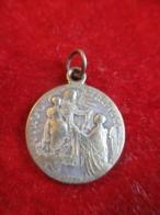Petite Médaille Religieuse Ancienne/ VIRGO Carmeli/Coeur Du Christ / Bronze Nickelé/Début XXéme       CAN836 - Religione & Esoterismo