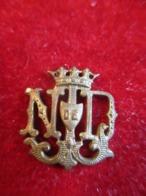 Petit Insigne  Religieux Ancien/ Monogramme / Notre Dame  / Bronze /Début XXéme       CAN838 - Religione & Esoterismo