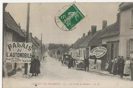 DOMART - CIRCUIT DE PICARDIE  - La Sortie De Domart (publicités Palais De L'Automobile Peinture Vitrerie Devulder) - Autres Communes