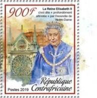 Notre Dame De Paris En Feu Déclaration De La Reine Elizabeth II Sur TP Neuf** De Rép Centrafricaine De 2019 - Churches & Cathedrals