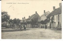 CPA - LADAPEYRE - Place Du Champ De Foire - Carte Animée - CREUSE 23 - Other Municipalities