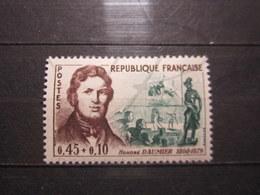 VEND BEAU TIMBRE DE FRANCE N° 1299 , XX !!! (b) - Ungebraucht