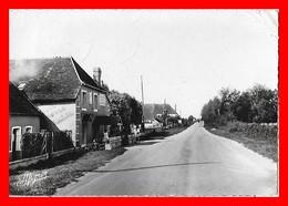 CPSM/gf (89) PERCEY.  La Grande Route...K762 - Francia