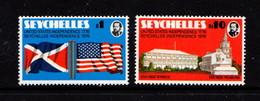 SEYCHELLES    1976    Seychelles  Independence    Set  Of  2    MH - Seychelles (...-1976)