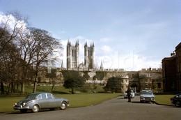 1970 FORD ESCORT POLICE CAR JAGUAR MK LINCOLN ENGLAND UK 35mm AMATEUR DIAPOSITIVE SLIDE Not PHOTO No FOTO 5002 - Diapositives
