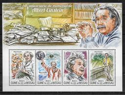 GUINEE BISSAU  Feuillet N° 5692/95 * *  ( Cote 18e ) Abert Einstein Nobel Physique - Albert Einstein