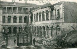 FRANCE - Hazebrouck Bombarde - World War One (La Guerre) - Le La Mairie Vue De Derriere - VG Animation Etc - Guerra 1914-18