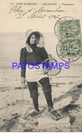 129703 FRANCE ARCACHON COTE D'ARGENT COSTUMES WOMAN IN BEACH PARQUEUSE CIRCULATED TO GERS POSTAL POSTCARD - Francia