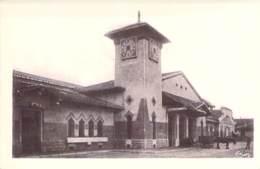 12 - CAPDENAC : La Gare ( SNCF ) - CPA Village ( 4.540 Habitants ) - Aveyron - France