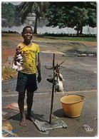 CP ABIDJAN - Petit Marchand De Poisson Au Bord De La Lugune - IRIS N°7784 - Côte-d'Ivoire