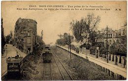 BOIS-COLOMBES - Vue Prise De La Passerelle Chemin De Fer - Autres Communes