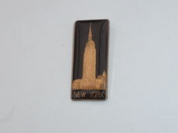 Pin's NEW YORK, EMPIRE STATE BUILDING C - Villes