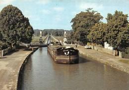 Briare Canal Péniche Péniches - Briare