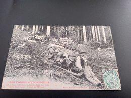 CPA (88) Les Schlitteurs Descendant Les Bois De La Montagne.  (I.415) - Francia