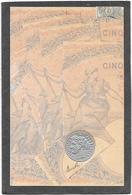 Cpa Effigie Pièce De Monnaie Gaufrée Sur Fond De Billet De Cinq Francs - Monnaies (représentations)