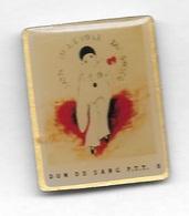 Pin's  LA  POSTE,, Médical, DON  DU  SANG  P.T.T. 8, - Medical