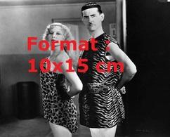 Reproduction D'une Photographie Anciennede Thelma Todd Et Charley Chase En Mr Et Mrs Tarzan En 1929 - Reproductions