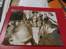 P-84 , Photo De Presse ,Matignon, NEIL AMSTRONG Avec Sa Légion D'Honneur, Octobre 1969 - Personalidades Famosas