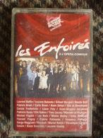 LES ENFOIRES A L'OPERA COMIQUE/ CassetteAudio-K7 Les Restaurants Du Coeur - Audio Tapes