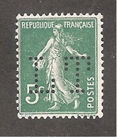 Perforé/perfin/lochung France No 137 LT Lamy Trouvain - France