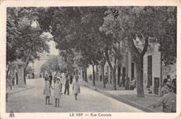 R292661 Le Kef. Rue Centrale. EPA. Photo Africaines - Postkaarten