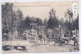 CASTELJALOUX- UNE SCIERIE EN FORET- BELLE SCENE DE TRAVAIL DU BOIS - Casteljaloux